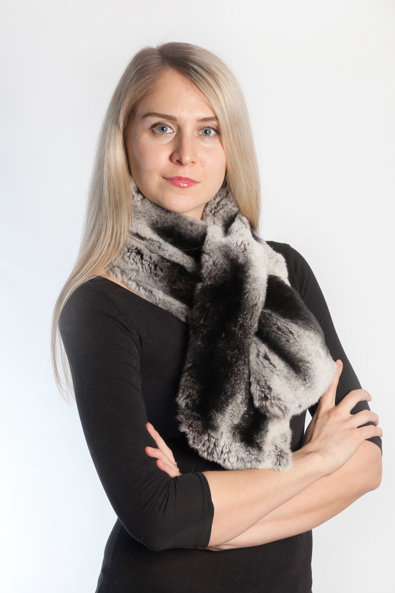 It Is Very Much Essential To Purchase Superior Quality Real Fur Scarves